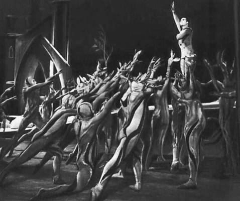 «Деревянный принц». Сцена из балета