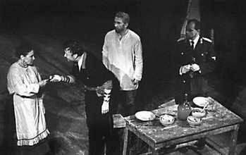 «Трибунал». Сцена из спектакля