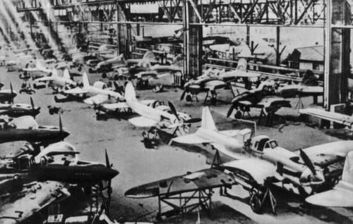 Производство самолётов ИЛ-2. 1942