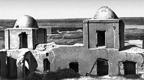 Руины архитектурного ансамбля (Талхатан, Туркменская ССР)