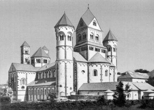 Церковь монастыря Мария Лах (ФРГ)