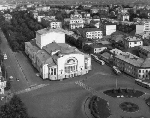 Ярославль. Драматический театр имени Ф. Г. Волкова